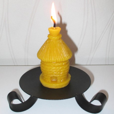 Beeswax candle straw hive