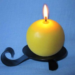 Beeswax candle rounded - 7cm