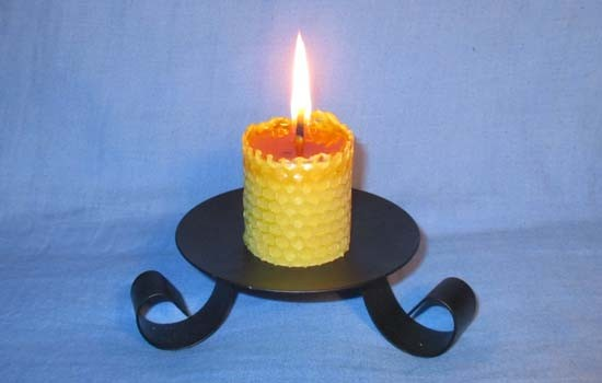 Beeswax sheet comb candles